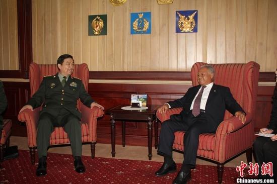 中国防长:东海问题核心钓鱼岛 不想南海动荡