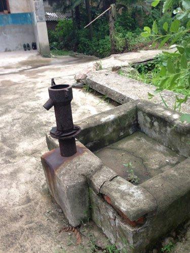 村里干涸的井