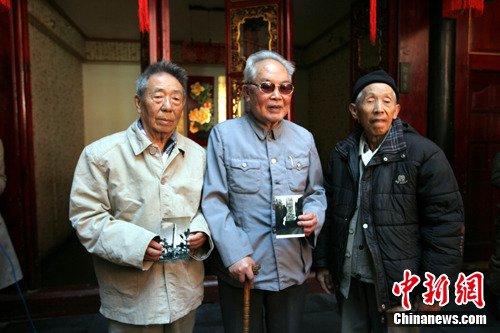 中国远征军的士兵:很多人长眠腾冲大山里