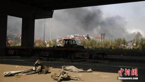 天津爆炸事故24小时:已50人遇难 多种力量救援
