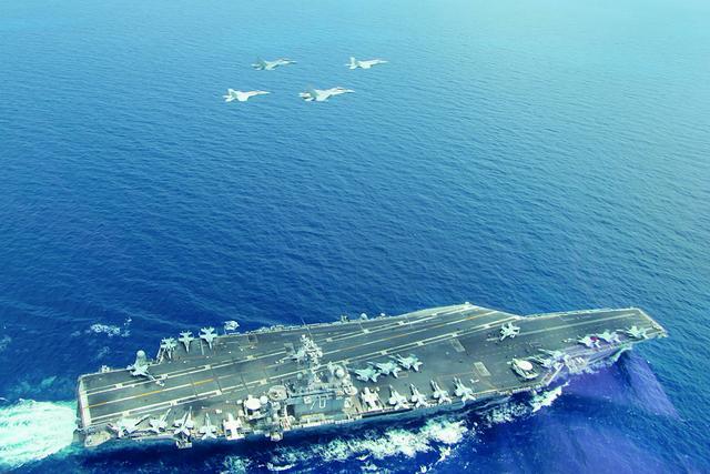 美军航母指挥官:我们随时准备对付俄罗斯和中国