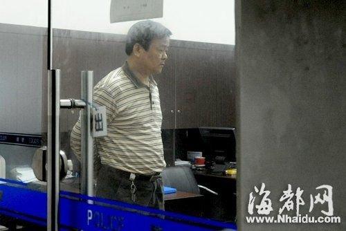 """福州回应""""司机撞女童后倒车碾人"""":无二次碾压"""