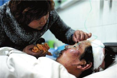 河北赵县爆炸幸存者回忆:厂区上空腾起蘑菇云