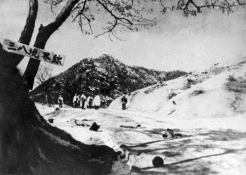 战史揭秘:麦克阿瑟在朝鲜战争中的致命错误