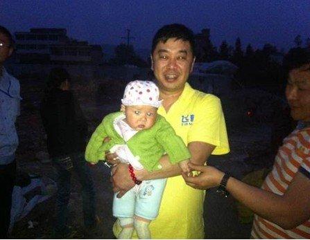 飞鹤奶粉首批捐赠物资运抵芦山 3个月婴儿成为首个救助对象