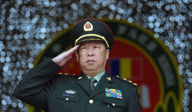 """陆军司令员李作成曾在正军级""""原地踏步""""10年"""