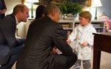 乔治王子穿睡衣会见奥巴马