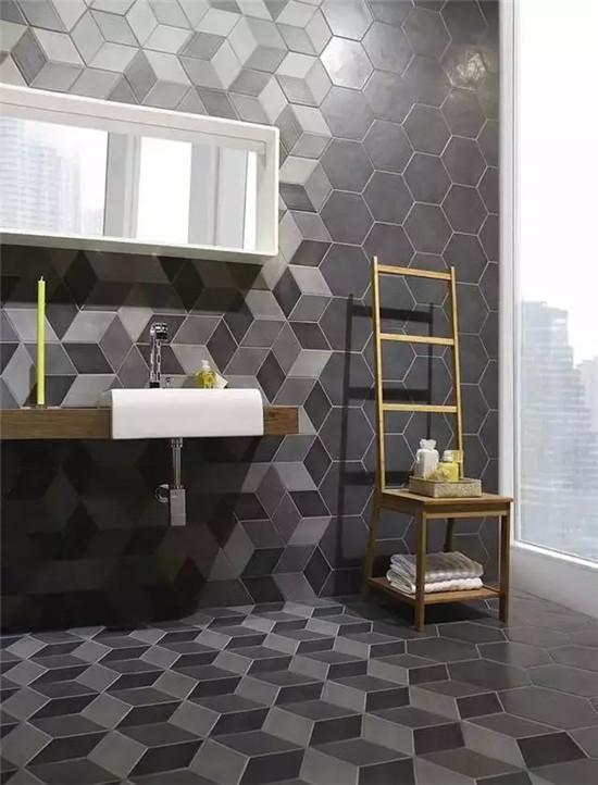 卫生间装修得这么有品位 还能好好洗澡吗?
