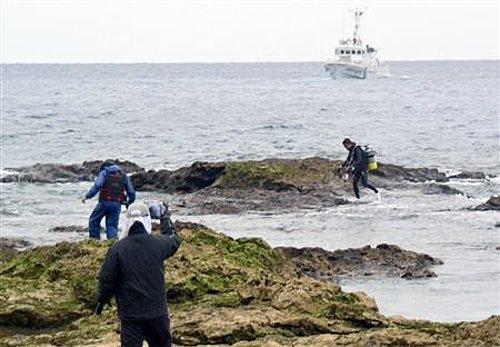 日本海上保安厅为右翼团体登陆钓鱼岛护航