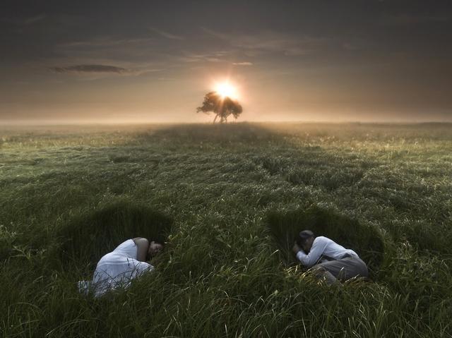 莱塞克·波拉多夫斯卡:我的照片均在最自然的景观中呈现