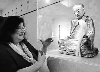 """福建三明20年前被盗""""肉身菩萨""""像曝光(图)"""