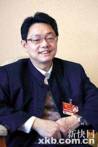 叶青7年上书呼吁公车改革 自称最有资格谈车改