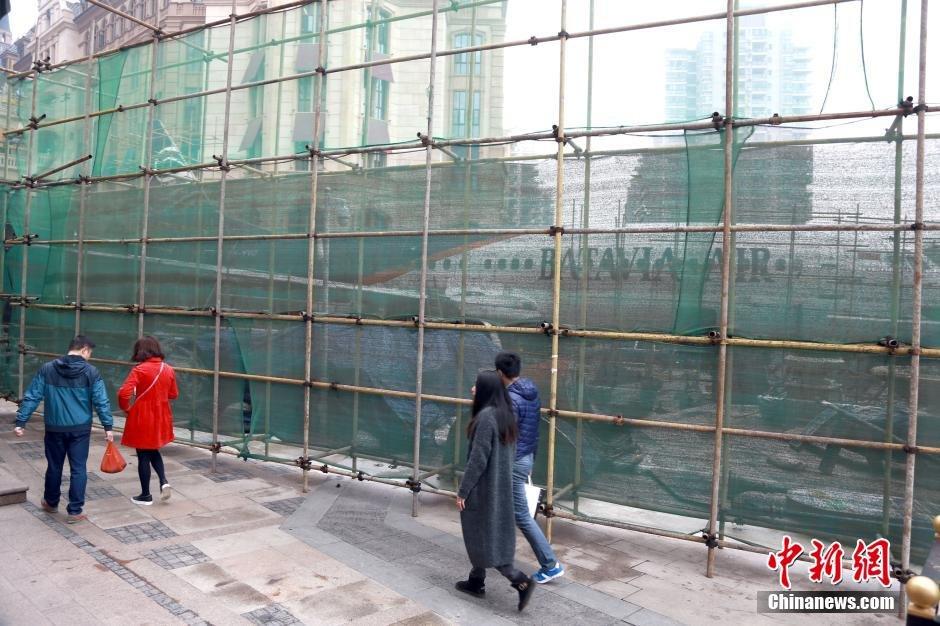 """波音客机""""降落""""武汉街头引围观2016.3.4 - fpdlgswmx - fpdlgswmx的博客"""