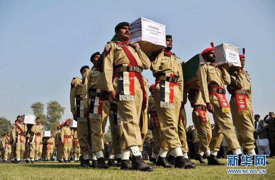 巴基斯坦要求美国15天内撤出巴空军基地