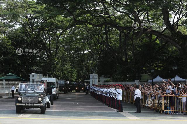 李光耀遗体离开总统府 将供民众瞻仰至本周日国葬
