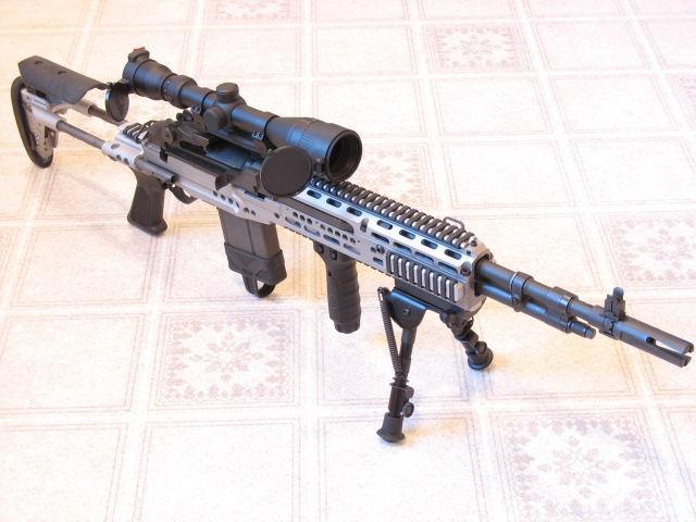 坐陶宛将好国所赠M-14步枪出卖给私家