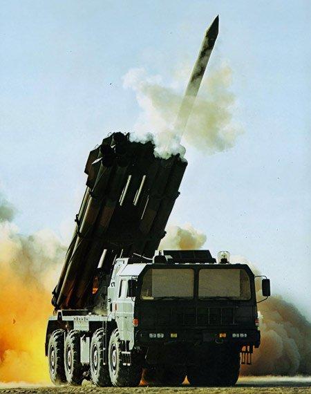 俄媒:中国将出口最新式AR-3型远程火箭炮(图)