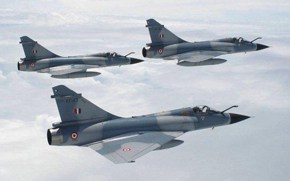 印度空军幻影2000战机升级后成功首飞
