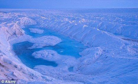 科学家首次成功绘制出南极冰块运动地图