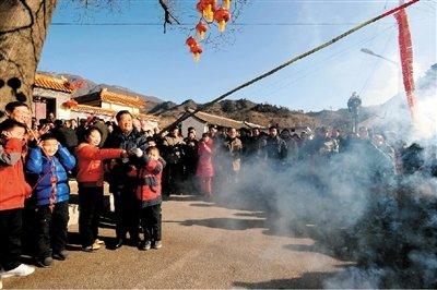 媒体统计称胡锦涛温家宝近10年未在家过年(图)