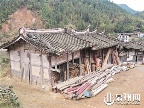 福建香林寺两尊肉身佛像被盗 20多人趁夜用汽车运走