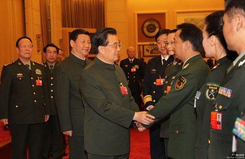 十八届一中全会决定习近平为中央军委主席