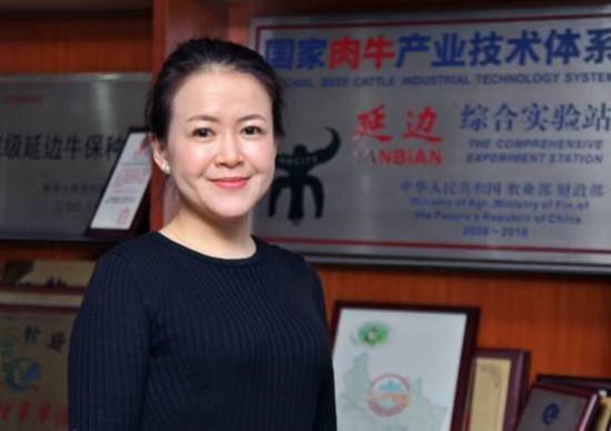 """从""""海龟""""到""""牛倌"""":吕爱辉的中国梦"""