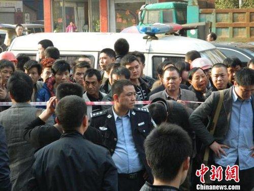 湖南邵东发生枪杀命案 警方调集100多警力缉凶