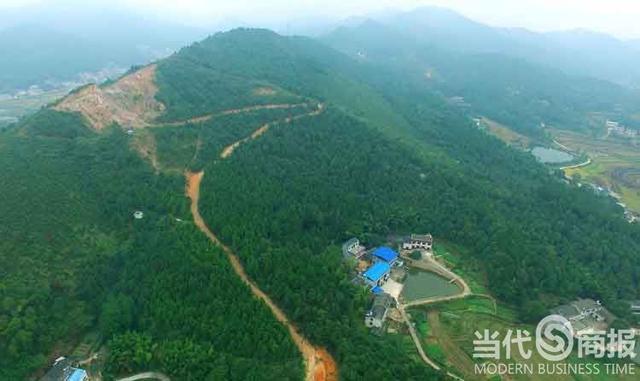 湖南湘乡一人大代表非法采矿多年 大量山林遭破坏