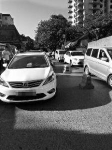 违停致交通拥堵2小时 陕西3车主被行政拘留5天
