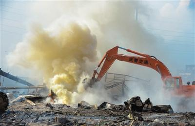 天津爆炸事故遇难人数升至123人 尚有50人失联