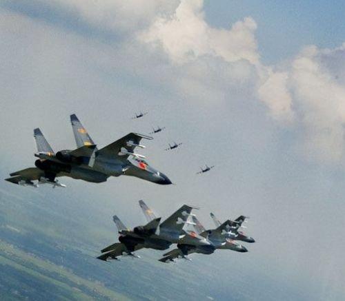 中国空军主战飞机今在东海防空识别区常态巡逻