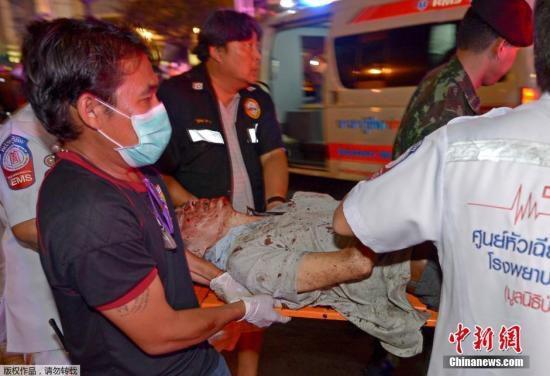 曼谷爆炸18死117伤 游客忆惊心一刻:如雷巨响