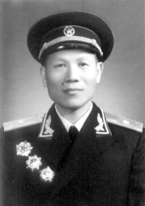 102岁开国将军江鸿海逝世,曾参加辽沈战役等