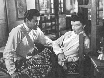没有动辄接吻,黄硕忠,康丝嘉顿,谭家二儿子佳偶的恋爱拍得极端富有东方法的含蓄风情。