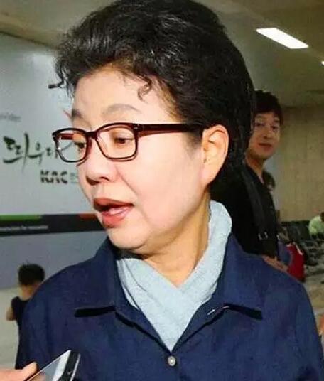 韩国检方正式调查朴槿惠妹妹 称其涉嫌欺诈