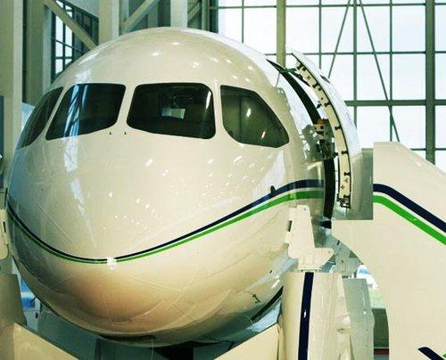 国产C919确认首批客户订单 启动订单达100架