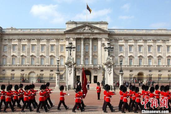 41岁男子闯入英国白金汉宫遭逮捕 未携带武器