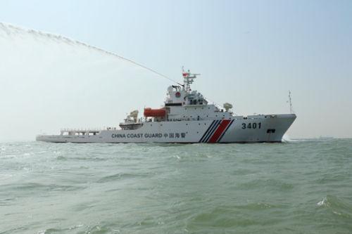 菲要华解释水枪打渔民 中方:黄岩岛是中国领土