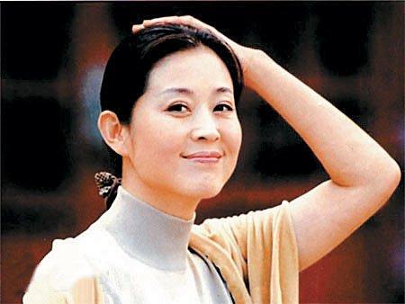 倪萍年轻时的照片