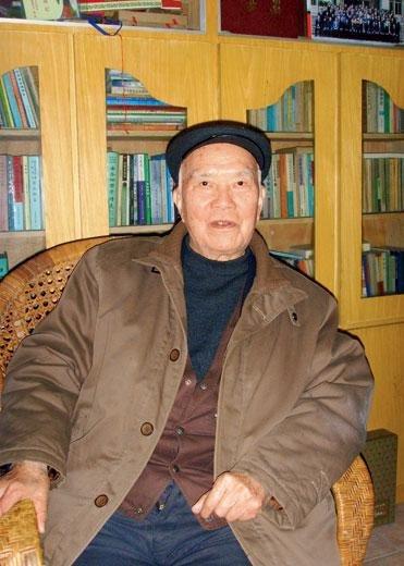 1967年刘少奇被坐喷气式后拿出宪法抗议