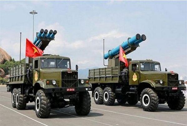 越南火箭炮难撼中国南沙优势:只是靶子