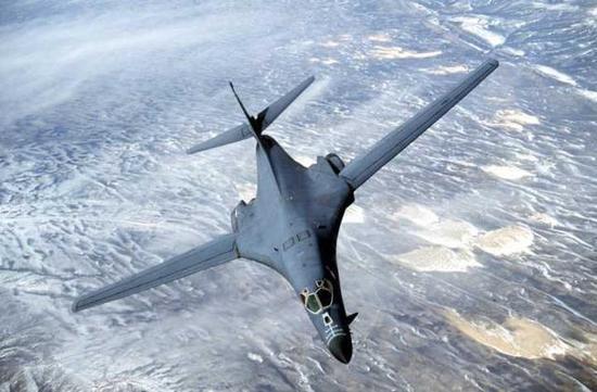 美军B-1轰炸机或入南海 解放军少将:隐身性能差