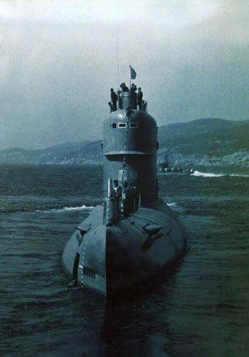"""出征从无声息:中国最神秘的""""长城200号""""潜艇"""