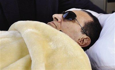 消息称穆巴拉克呼吸困难 心脏曾两度停跳