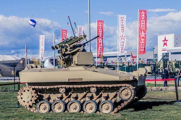 俄研制大型无人坦克:可携8枚反坦克导弹