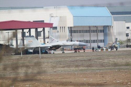 美媒关注中国舰载战机歼15:将维护领海权威