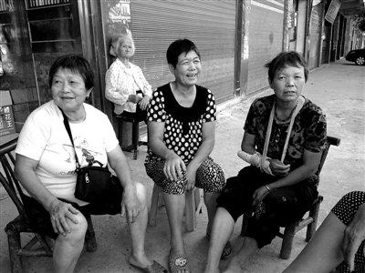 转基因大米人体试验 中国部分家长只知是营养餐