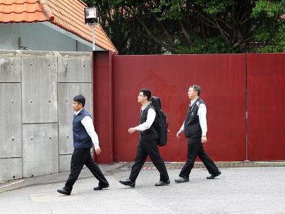 不满陈情无效台湾男子驾车冲撞马英九中兴寓所