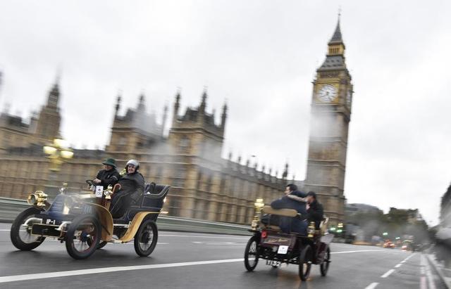 英国举行老爷车大赛 稀有古董车各展风采(图)